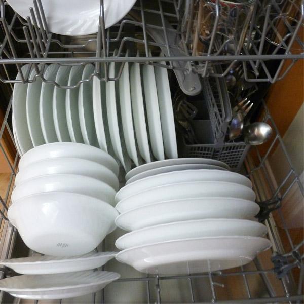 Geschirrspültabs: Tipps, was man mit den kleinen Reinigern noch machen kann